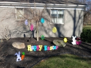 Happy-Easter-and-lots-of-other-easter-yard-art-macbeths