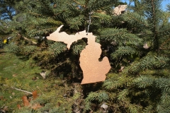 Xmas-Ornament---Copper-State-of-MI-in-tree