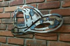Burkart-fireman-helmet---brick-wall