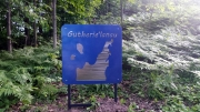 Gutherie'lanau-outdoor-sign
