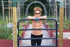 Cheryls-Garden-arch-way